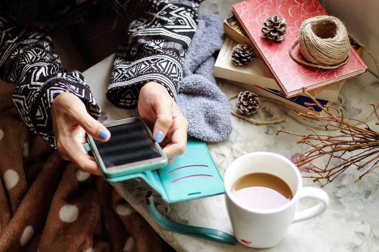 girl, smartphone, social media